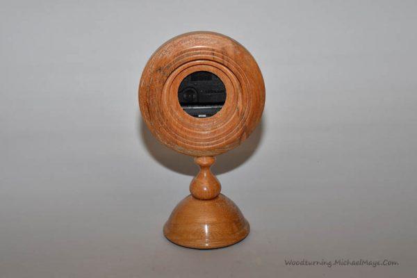 Elm pedestal clock